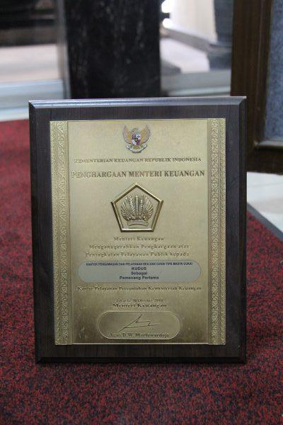Pemenang Pertama Kantor Pelayanan Percontohan Tingkat Kementerian Keuangan 2010